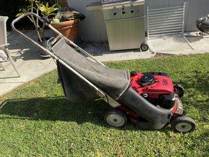 Honda Lawnmower for Sale in Costa Mesa, CA