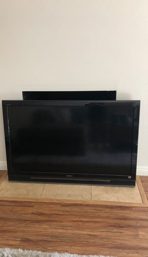 Sony Bravia KDL-52WL140 for Sale in Beverly Hills, CA