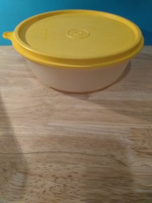 Tupperware container for Sale in Ridley Park, PA