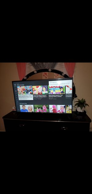 50 inch lg smart tv for Sale in Charlotte, NC