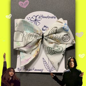 Harry Potter hair bow for Sale in Wenatchee, WA