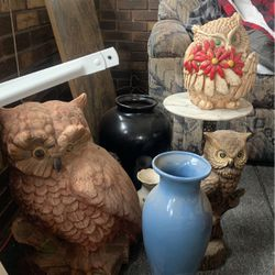 Vases And Owls for Sale in Taylorville,  IL