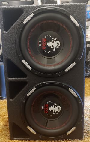 "2 10"" box speakers and amp for Sale in Richmond, VA"