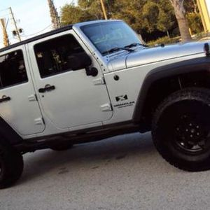 Amazing Vehicle Jeep Wrangler for Sale in Queens, NY