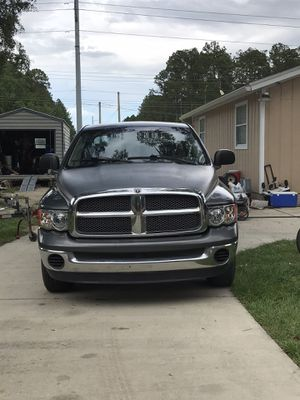 2002 Dodge 1500 Quad cab four-door for Sale in Jacksonville, FL