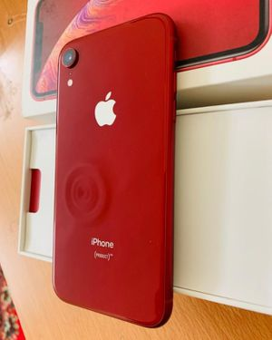 IPhone xr for Sale in Argenta, IL
