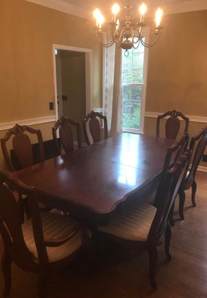 Dining room table for Sale in Murfreesboro, TN