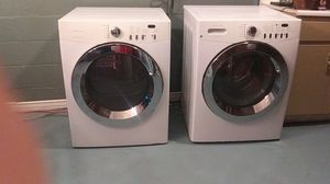 Frigidaire Affinity washer an dryer for Sale in Hartselle, AL