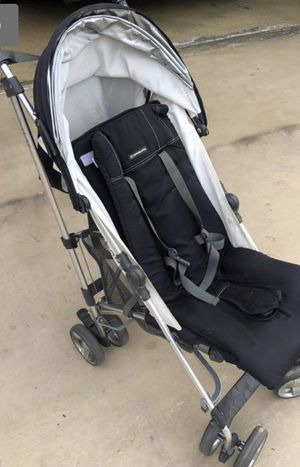 UppaBaby GLUX Stroller for Sale in San Diego, CA