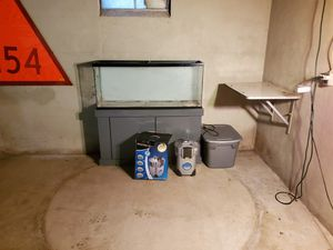 55 gallon salt water fish tank and supplys for Sale in Cleveland, OH