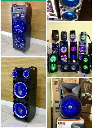 Speaker Bluetooth nuevos modelos y buenos precios garantía recargables para la playa 😎 for Sale in Hialeah, FL