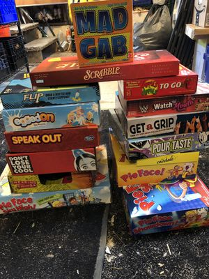 GAMES GAMES FAMILY BOARD GAMES for Sale in Bayville, NJ