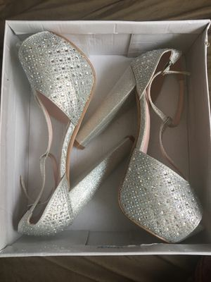 Bella Luna heels for Sale in Winter Haven, FL