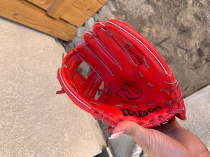 Mini Pro Baseball/T Ball Glove for Sale in San Diego, CA