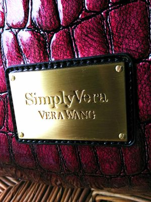 """Moving!! New - Lg. """"Simply Vera"""" Faux Alligator Bag - Reduced price. for Sale in Bothell, WA"""