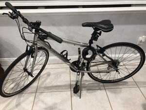 Trek bike in excellent condition kept inside house $400.00 or best offer no low ballers this bike is like new . for Sale in Miami, FL