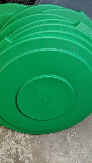 32 gal commercial food grade trash can lid for Sale in Belleair, FL