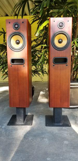 Bowers & Wilkins P4 Speakers for Sale in La Habra Heights, CA