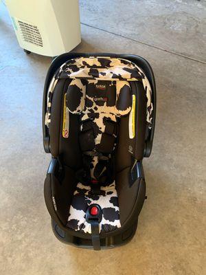 Britax b safe ultra infant car seat for Sale in Modesto, CA