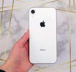 Apple iPhone XR 128gb Unlocked for Sale in Shoreline,  WA