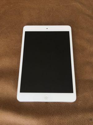 iPad Mini 64 GB + SimCard White First Generation for Sale in Miami, FL