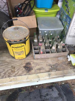Vintage pinnzoil and bottles for Sale in Cochran, GA