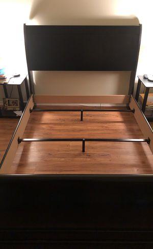 Sleigh bed for Sale in Lake Ridge, VA
