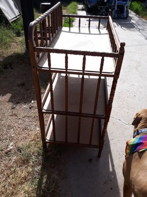 Vintage baby changing table for Sale in Phoenix, AZ