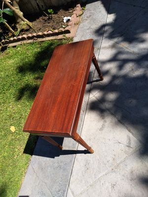 Coffee table corner table mahogany antique great condition . $120 today for Sale in Inglewood, CA