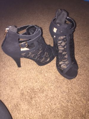 Lace heels size 6 for Sale in Ellicott City, MD
