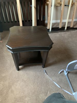 2 End/coffee tables for Sale in Las Vegas, NV