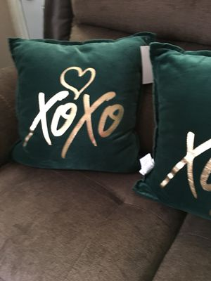 Four brand new 18 x 18 velvet emerald pillows for Sale in Dayton, OH