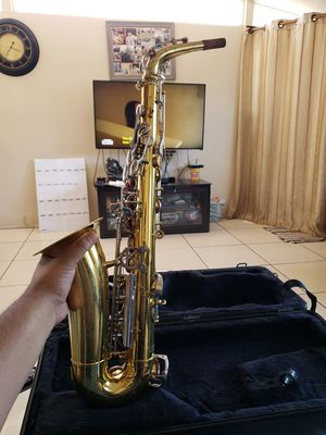 Empire King Alto Saxophone for Sale in Anaheim, CA