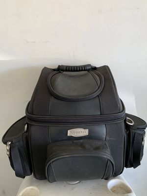KURYAKYN MOTORCYCLE TOUR BAG WITH MOUNT for Sale in Maricopa, AZ