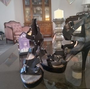 Beautiful Heels for Sale in Parkdale, OH