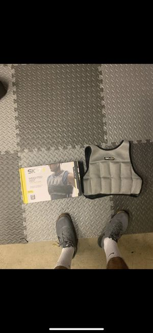 SKLZ Fitness Weighted Vest (10LB's) for Sale in MONARCH BAY, CA
