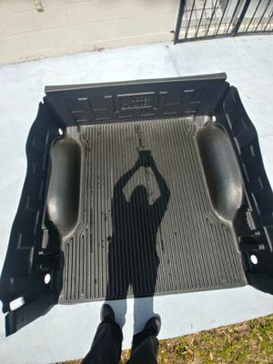 Dodge Ram 1500 bed liner and Running board for Sale in Kissimmee, FL