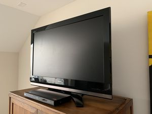 """TV Toshiba 42"""" for Sale in Raleigh, NC"""