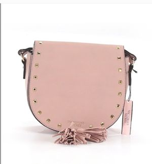 Crossbody for Sale in ROWLAND HGHTS, CA