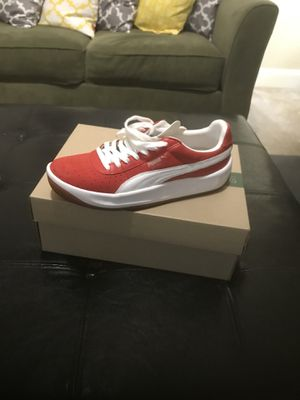 Retro Puma size 8 for Sale in Raleigh, NC