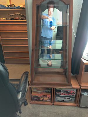 Antique Display Cabinet for Sale in Henderson, NV