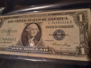 ANTIGUE dollar GREAT CONDITION for Sale in City of Industry, CA