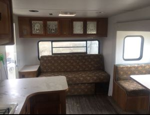 $7000 Travel Trailer 27 Footer Salem Ready for Family Fun and Generator Brand New in the box Predator for only $550 for Sale in San Bernardino, CA