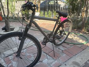 """26"""" mountain bike for Sale in Ontario, CA"""