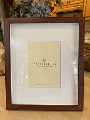 Pottery Barn Wood Gallery espresso frame for 5 x 7 photo for Sale in Bothell, WA