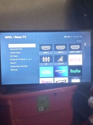 32 Inch Smart Roku Flat screen Tv for Sale in St. Louis, MO