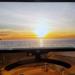"LG 29"" Ultrawide Full HD IPS Monitor (Screen split Support) for Sale in Plano, TX"