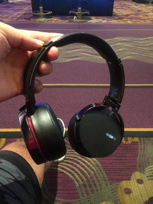 Sony mdr extra bass headphones for Sale in Las Vegas, NV