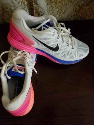 Women Shoes Size 11 1/2 Nike for Sale in Rockville, MD