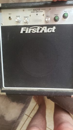 Ma215 bass amp for Sale in Tampa, FL